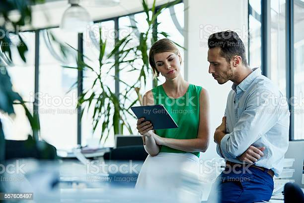 Business people using digital tablet in office picture id557608497?b=1&k=6&m=557608497&s=612x612&h=t q5e0udxwif1an9hxxolp9zkvdu295siwn7x0olzq0=