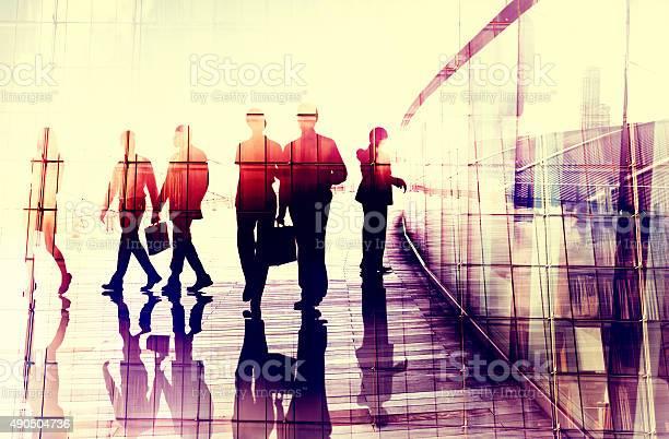 Business People Walking Commuter Gespräch Konzept Stockfoto und mehr Bilder von 2015