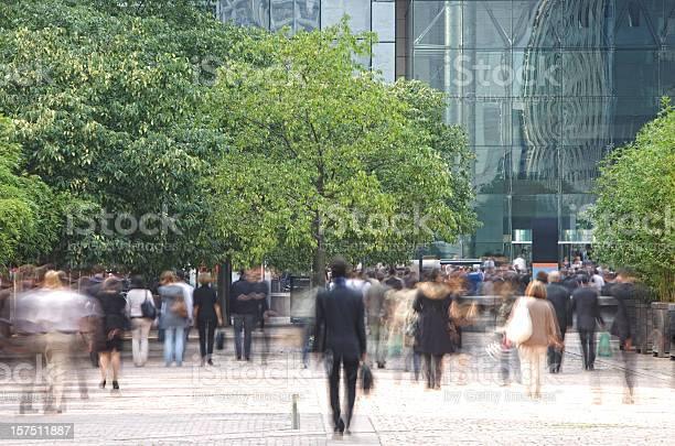 Business people walking in a financial district blurred motion picture id157511887?b=1&k=6&m=157511887&s=612x612&h=jl4skvpag9jkm pykovcfjrdezutzyysjuufzob69po=