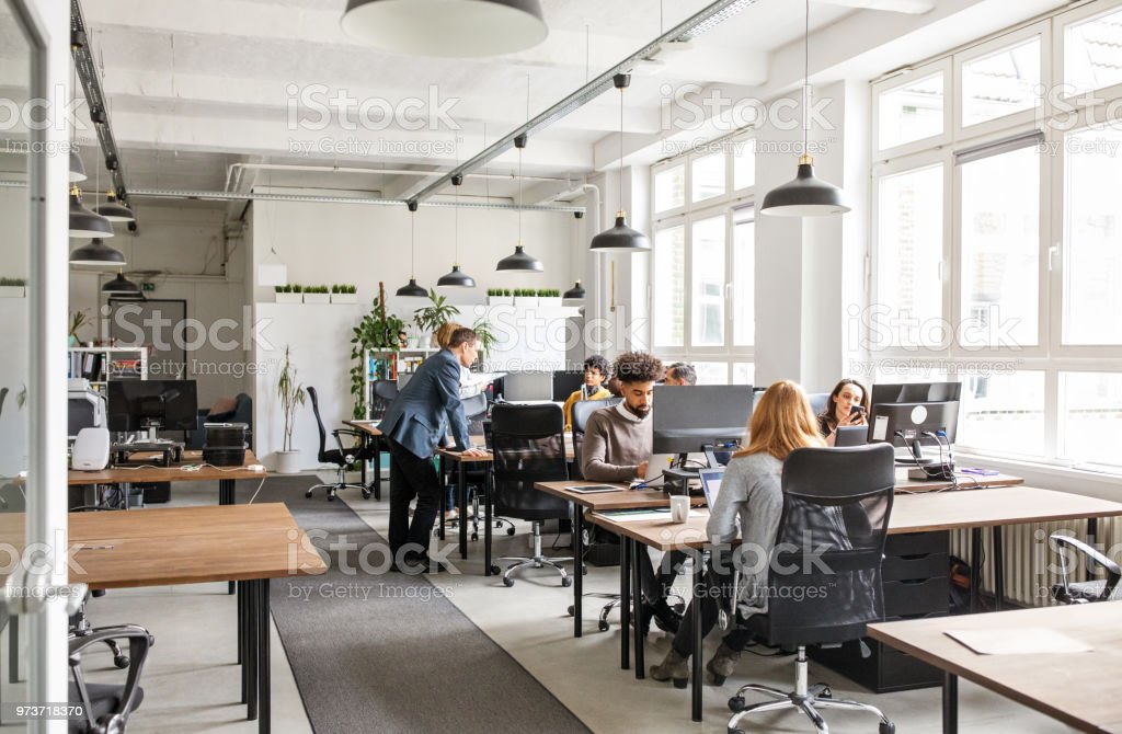 Business people working in modern office space - Royalty-free 25-29 Anos Foto de stock