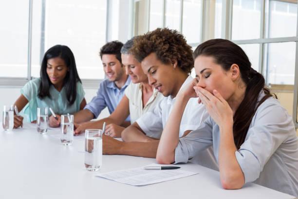 「yawn in the meeting」的圖片搜尋結果