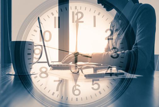 6時台の時計|KEN'S BUSINESS|ケンズビジネス|職場問題の解決サイト