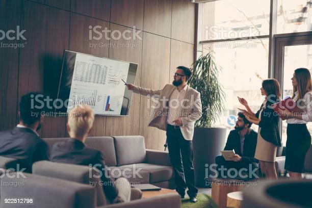 Business presentation picture id922512798?b=1&k=6&m=922512798&s=612x612&h=ze8wdgg3swg2nkriceybdgjcvwdrqabp4b4vwmo i8y=