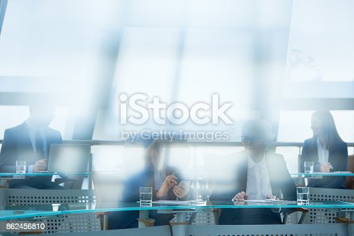 istock Business specialists visiting conference 862456810