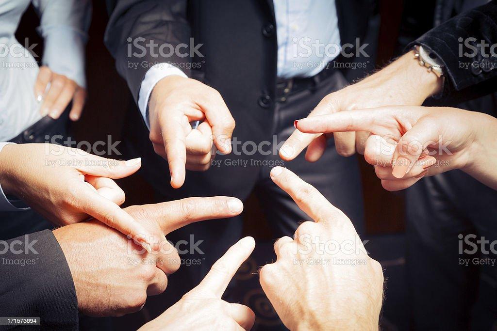 Equipe de negócios responsabilizar os outros - foto de acervo