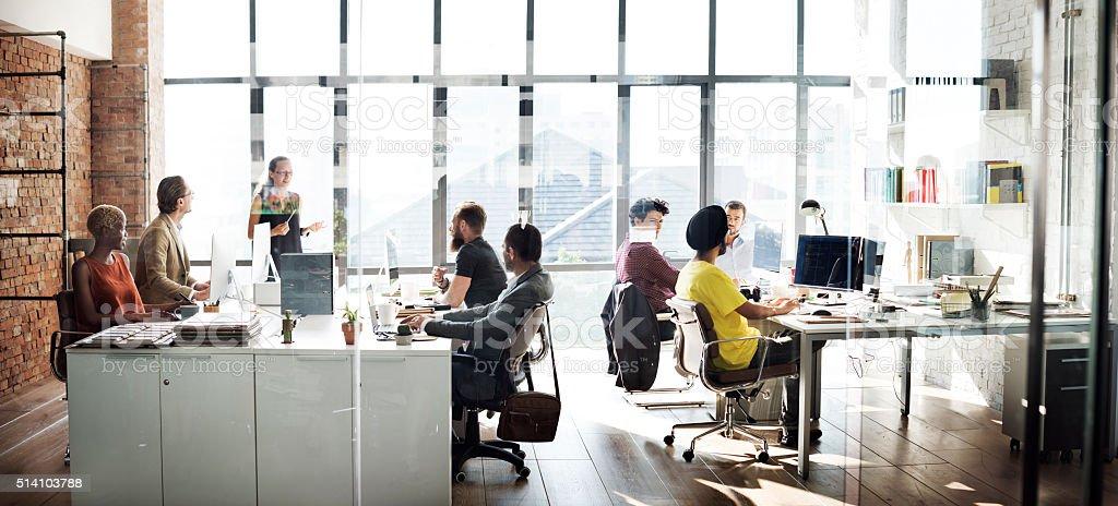 Business-Team-Arbeit-Konzept sprechen – Foto