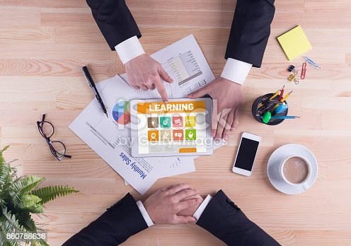 850892616 istock photo Business team concept - Learning 860786636