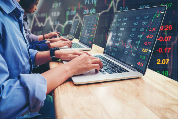 Business Team Investment Entrepreneur Trading working on Laptop Stock market exchange information and Trading graph - foto stock