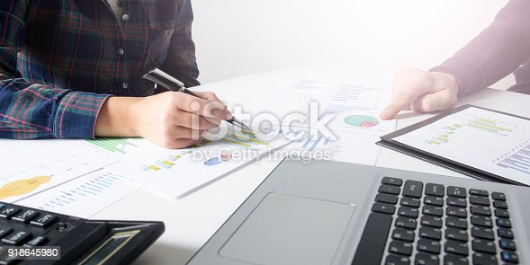 istock Business team meeting present.professional investor working with new startup project. Finance managers task. 918645980