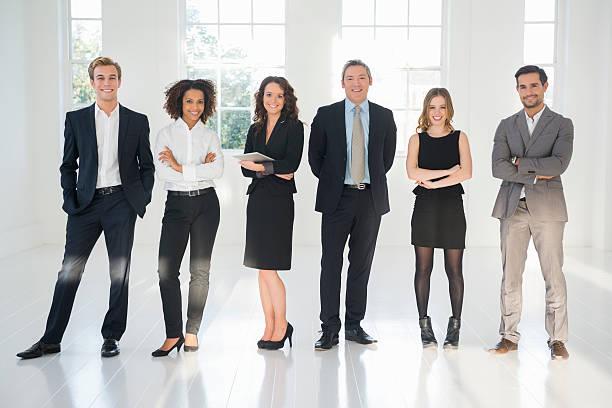 ビジネスチームの肖像画 - ビジネスフォーマル ストックフォトと画像