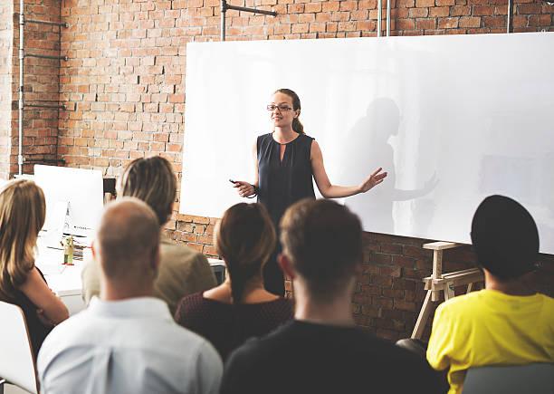 비즈니스 팀 교육 경청 회의인가 컨셉입니다 스톡 사진