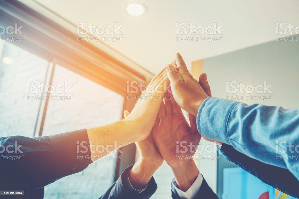 Geschäft Teamarbeit verbinden Hände Teamgeist Zusammenarbeit Konzept – Foto