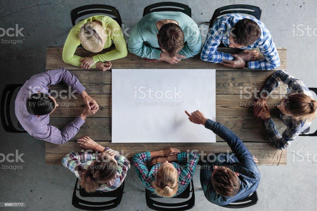 Geschäftskonzept Teamarbeit treffen – Foto