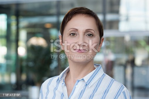 981750034 istock photo Business woman headshot 1181413191