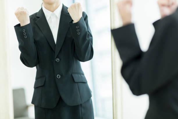ビジネス女性 - ビジネスフォーマル ストックフォトと画像