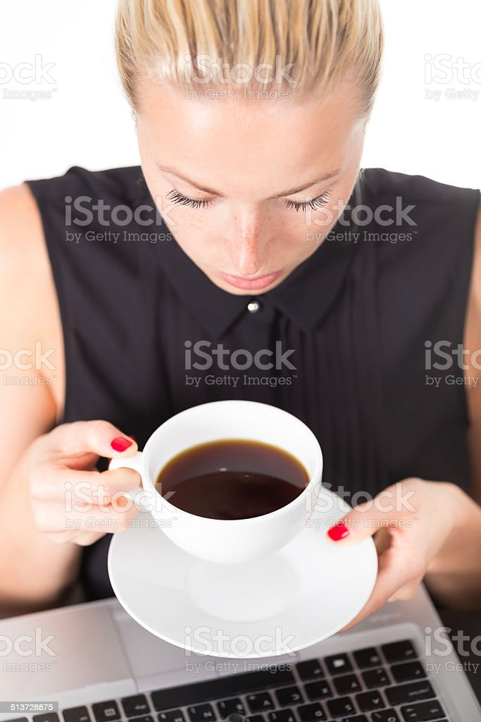 Business-Frau mit Tasse Kaffee. – Foto