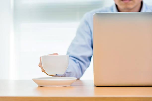 business-arbeiten - www kaffee oder tee stock-fotos und bilder