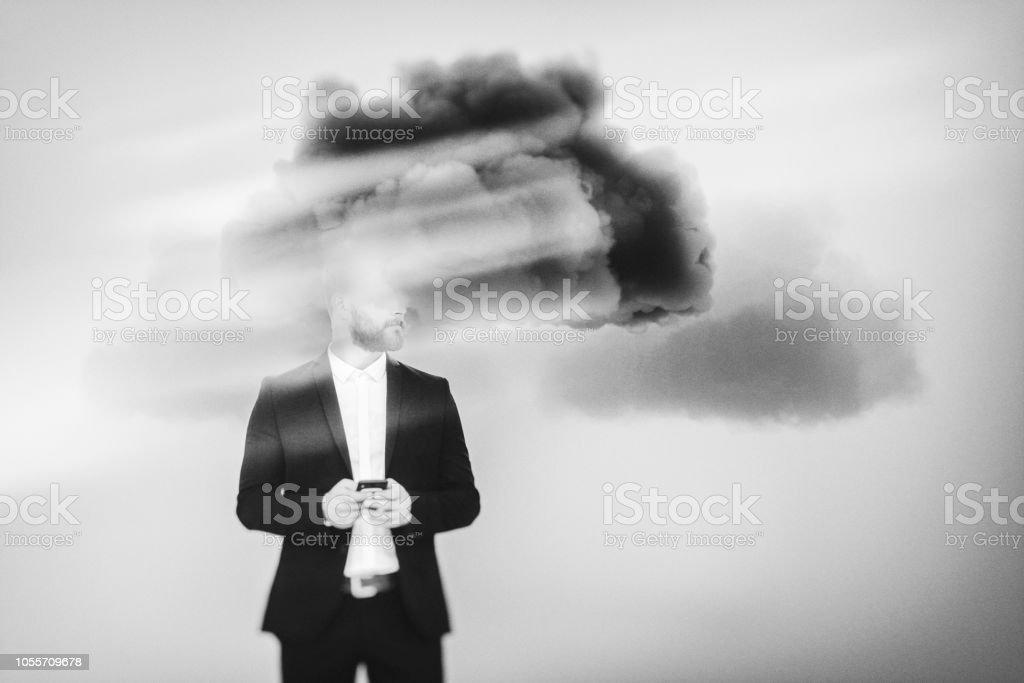 Businessman brainstorming, cloud computing - Foto stock royalty-free di Adulto