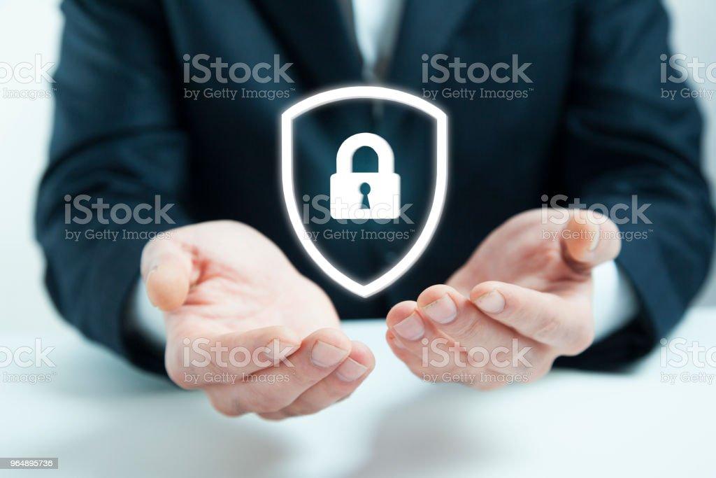 商人手數碼掛鎖 - 免版稅互聯網圖庫照片