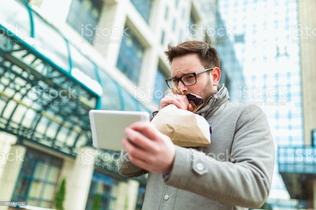 Empresario tener un ataque de pánico - foto de stock