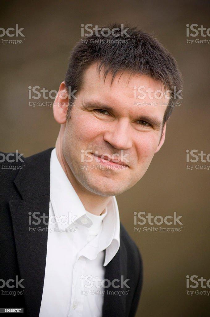 Бизнесмен в природе Стоковые фото Стоковая фотография