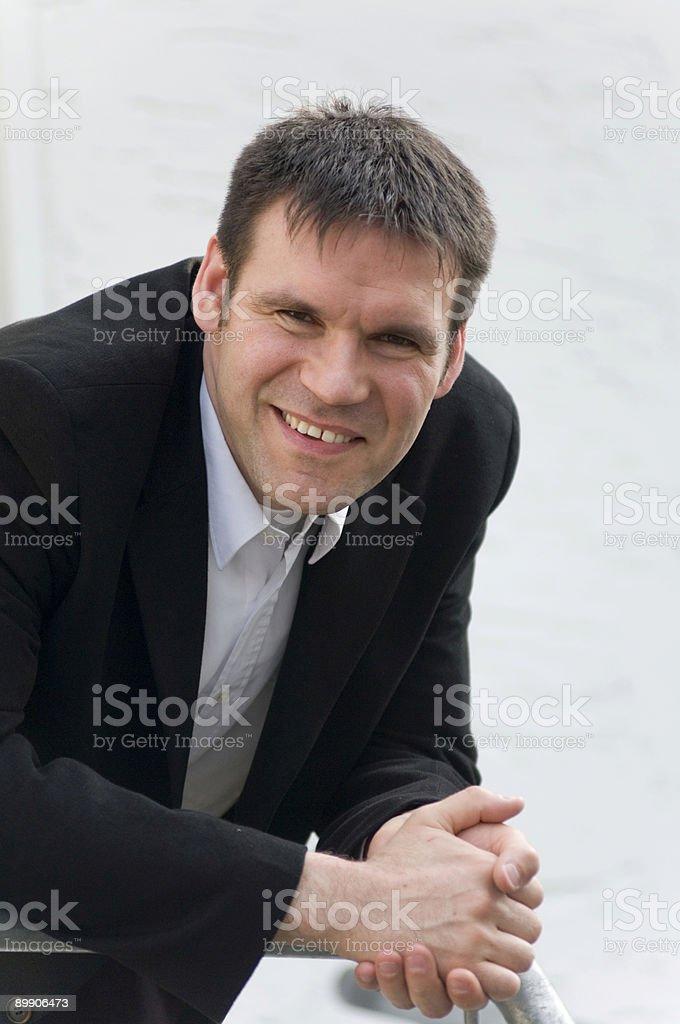 Geschäftsmann in Natur Lizenzfreies stock-foto