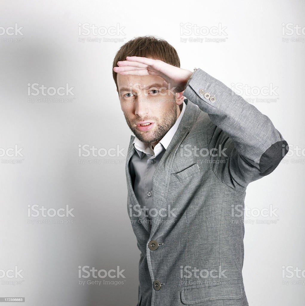 Hombre de negocios en busca de conceptos foto de stock libre de derechos