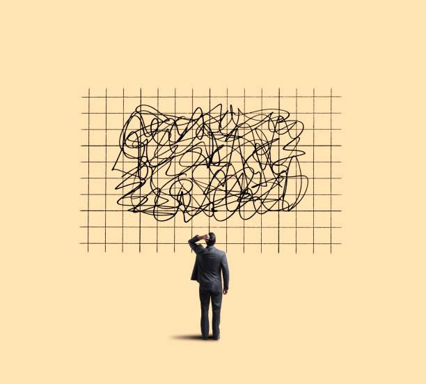 geschäftsmann blickte zu diagramm unvorhersehbar bewegt sich - scribble stock-fotos und bilder
