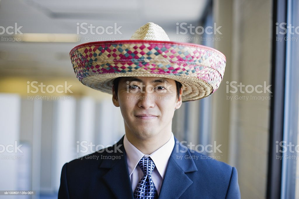 Businessman man with hat smiling, portrait foto de stock royalty-free