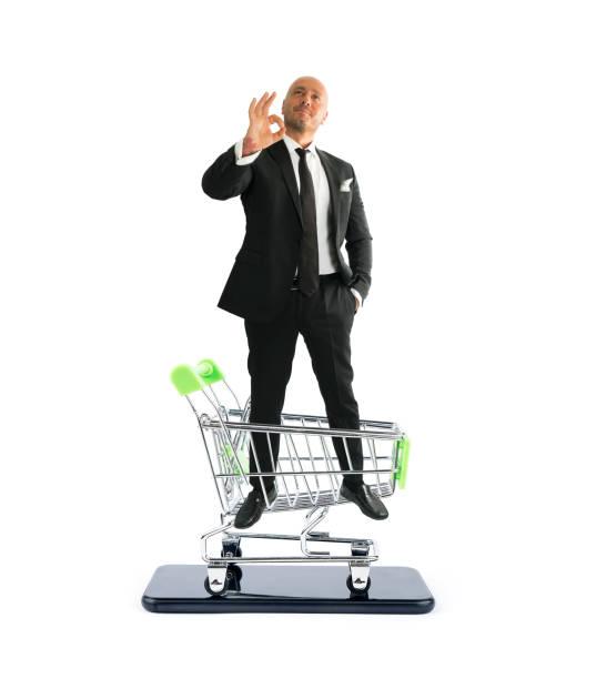 Businessman online shopping phone picture id1165253489?b=1&k=6&m=1165253489&s=612x612&w=0&h=wx58w7unsgqz1upvqzxm4ocxirh 5aiftfgtksqvve8=