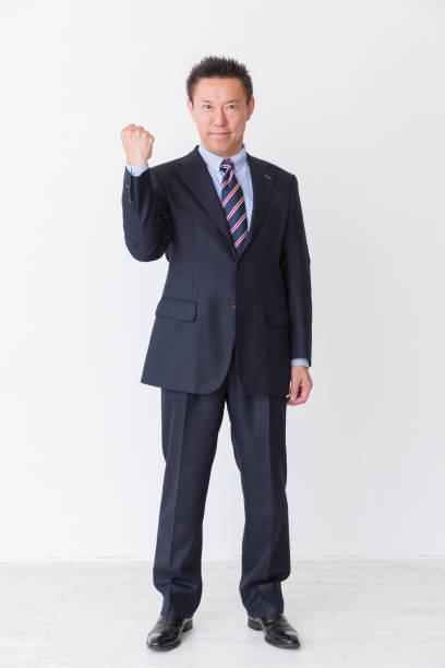 ビジネスマン - 全身 ストックフォトと画像