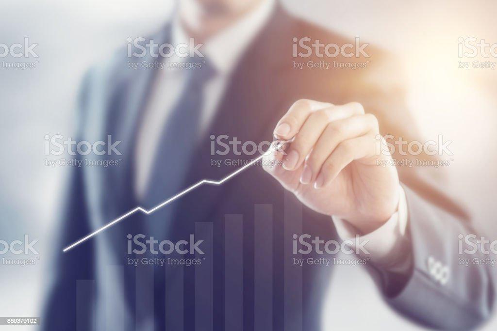 Geschäftsmann Plan Wachstumskonzept 2018 – Foto