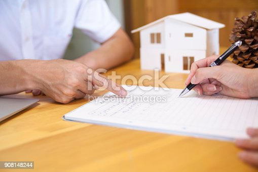 istock Businessman Pointing Contract 908148244