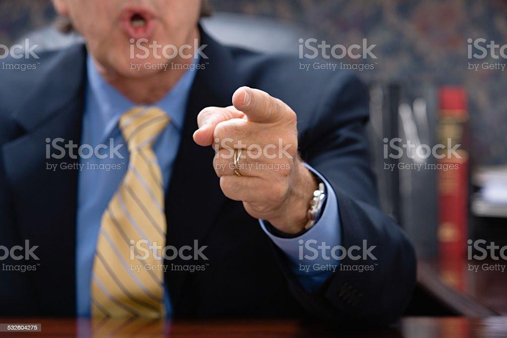 Geschäftsmann zeigt – Foto