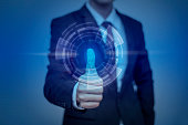 ボタンを押すと実業家現代的なテクノロジーパネル、ミニプリント r