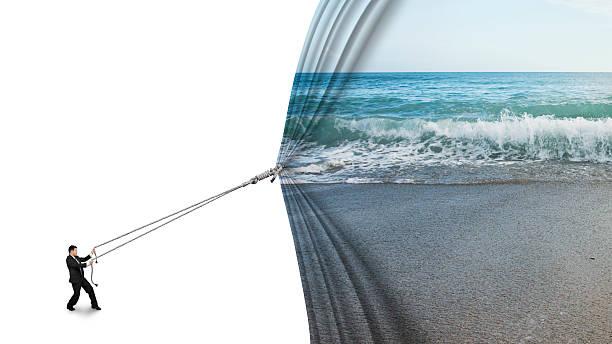 Geschäftsmann ziehen offenen Meer Sandstrand Vorhang verdeckte leere w – Foto