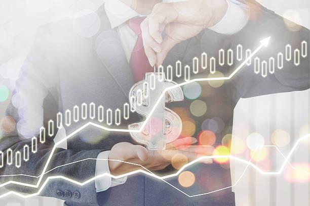 Uomo d'affari Finanza di risparmio di denaro con sfondo - foto stock