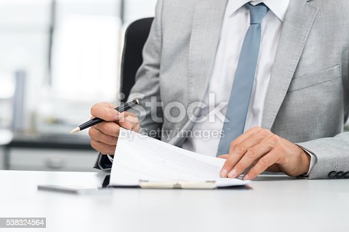 istock Businessman signing contract 538324564