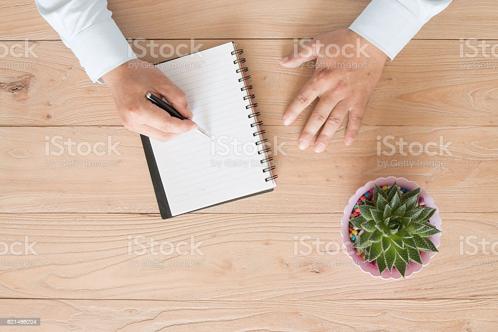 Businessman signing foto stock royalty-free