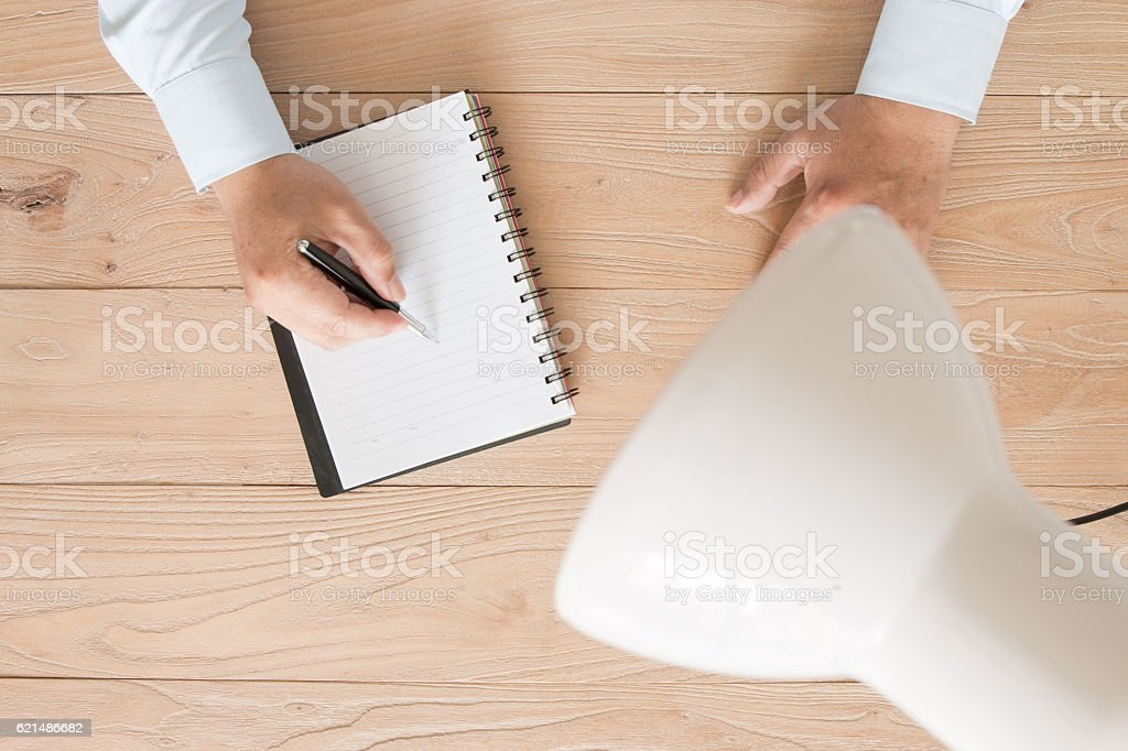 Businessman signing foto stock royalty-free