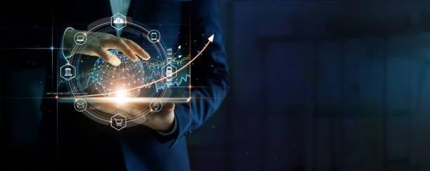 homme d'affaires touchant le réseau mondial d'affaires sur la tablette et le graphique de croissance économique d'affaires, stratégie et planification sur le succès de l'investissement. - graph photos et images de collection