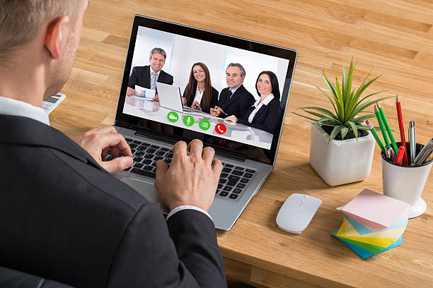 Businessman Video Conferencing On Laptop – Foto