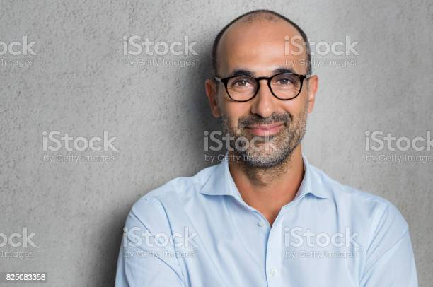 Businessman wearing eyeglasses picture id825083358?b=1&k=6&m=825083358&s=612x612&h=6ehm8zmthdidaypulzow675ystbr8h6pa4qhjt0esf4=