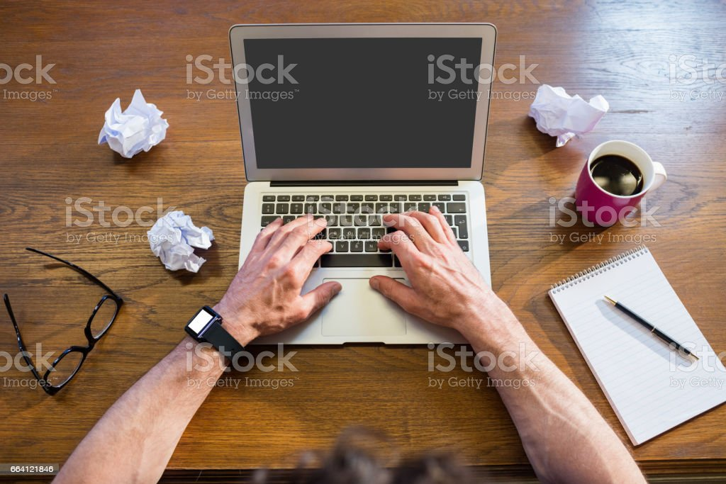 Businessman working with a computer foto stock royalty-free