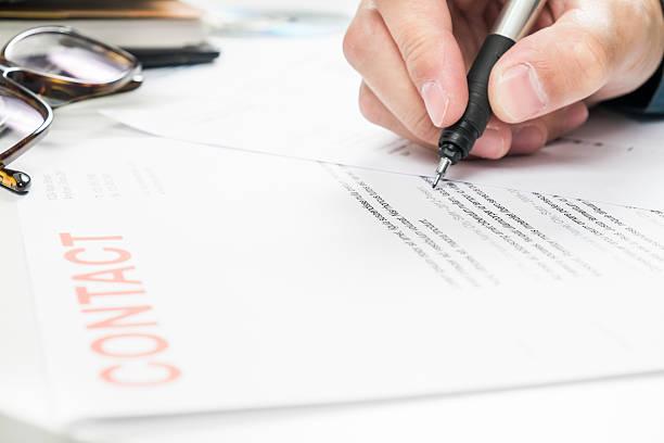 Geschäftsmann, arbeiten mit Dokumenten im Büro – Foto