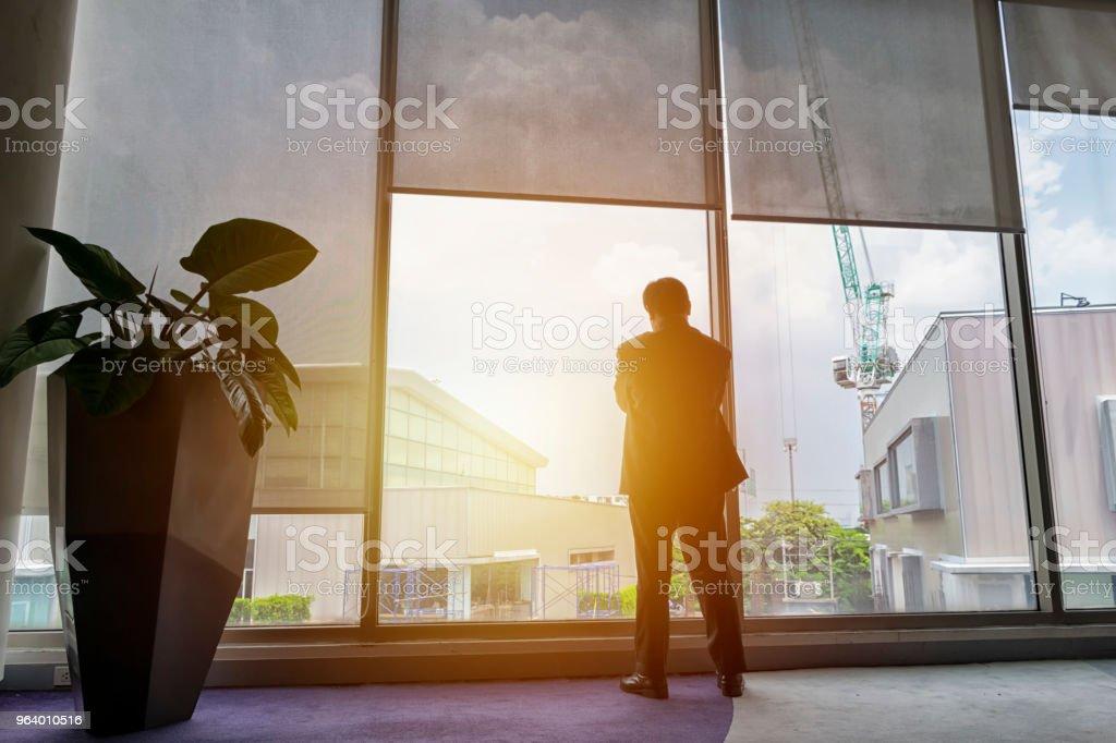 人の考えているビジネスマン - つながりのロイヤリティフリーストックフォト