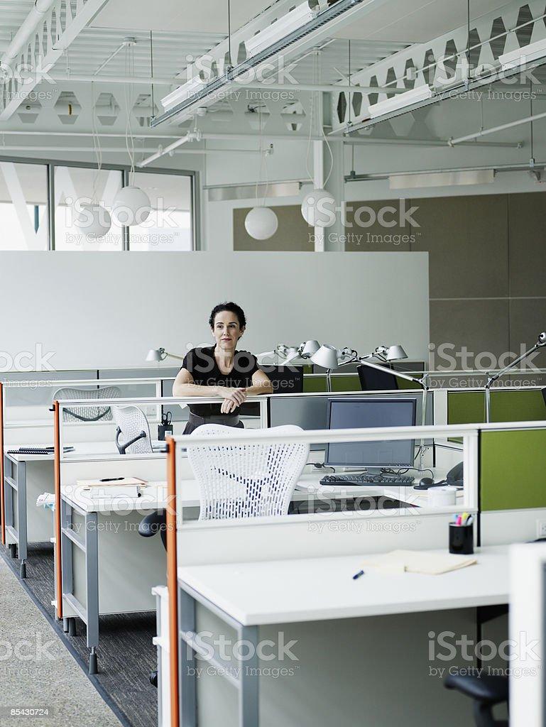 Businesswoman at workstation photo libre de droits