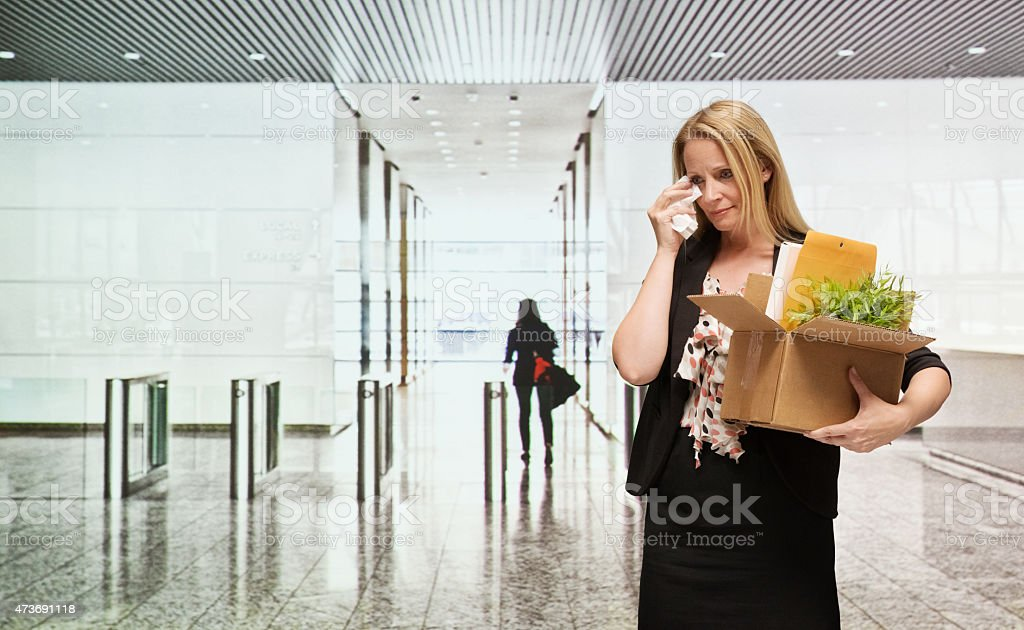 Geschäftsfrau Weinen im Büro – Foto