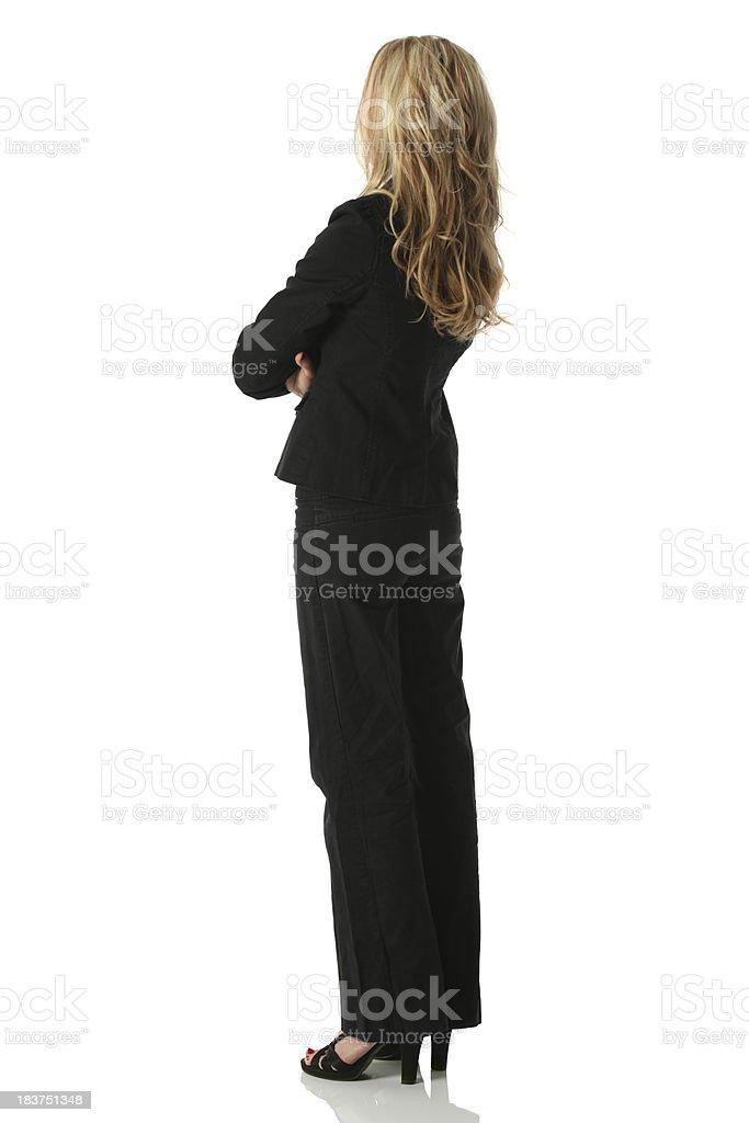 Femme d'affaires debout avec les bras croisés - Photo