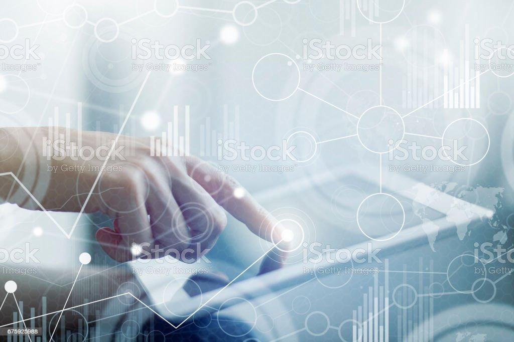 Businesswoman with big data virtual interface – zdjęcie